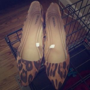Leopard print suede Pointed toe ballet flat